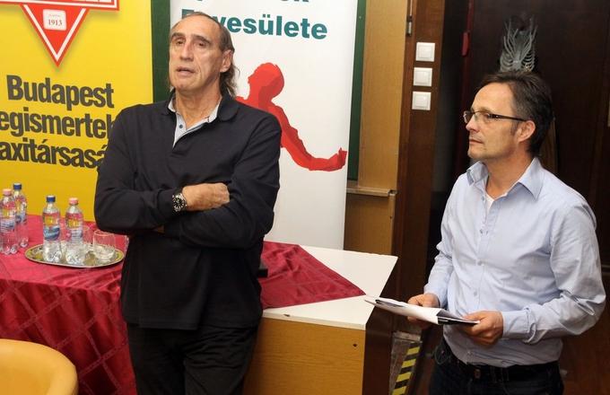 Én a magyar vízilabda terméke vagyok – emelte ki dr. Faragó Tamás olimpiai bajnok vízilabdázó, azon az élménybeszámolón, melyet a Halhatatlan Magyar Sportolók Egyesületének szervezésében tartottak. A Nyugat-magyarországi Egyetem háromnapos sportszakmai eseménysorozatának legfontosabb állomásán elhangzott, hogy érdemes a jövőbe fektetni, vagyis a tanulást és a sportot össze lehet egyeztetni.