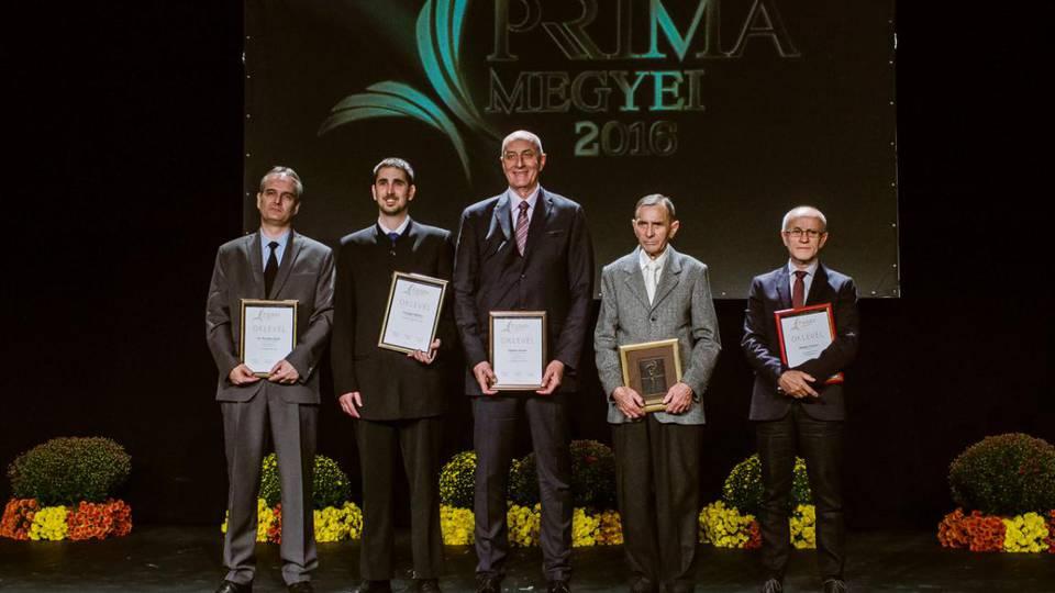 Kedd este öt új Prima-díjas született: Bebes István, Bodor Ferenc és dr. Kovács Zsolt. A közönségdíjat Masszi Ferenc kapta, az ifjúsági Prima-díjat pedig Szilágyi Miklós.