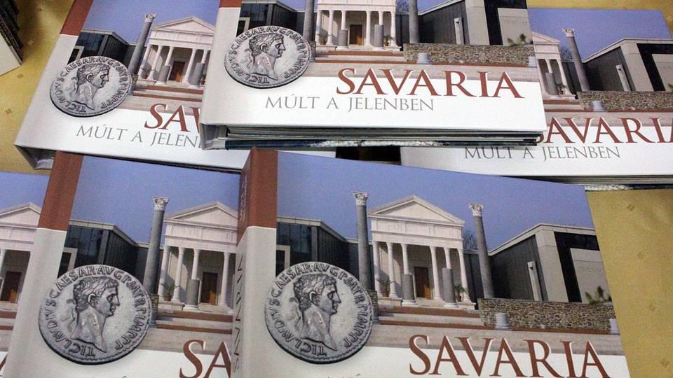 A történelmi Savária a lábunk előtt hever
