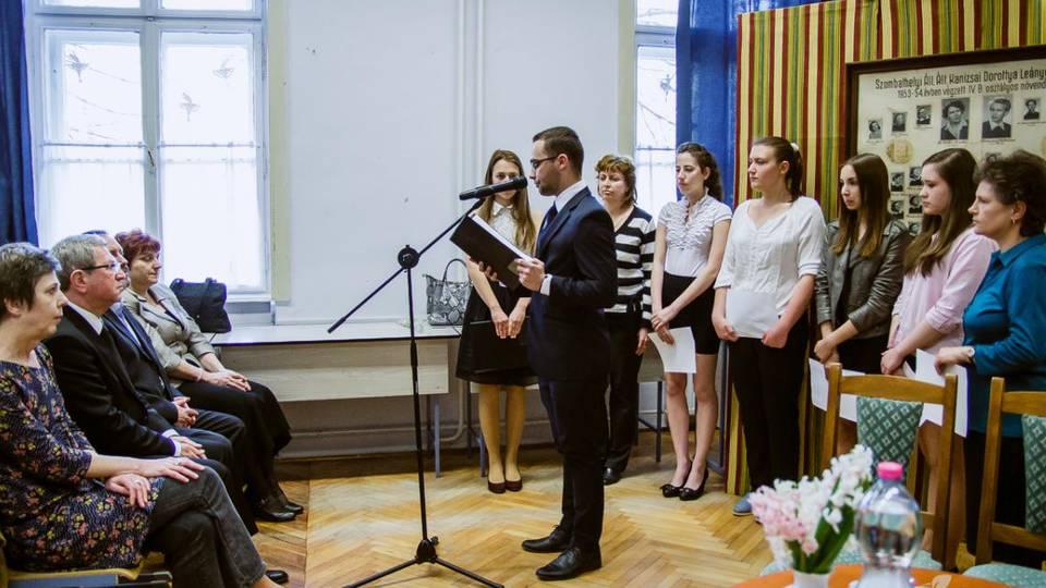 Az egykori Kanizsais diák bár franciául írt, Kossuth díjat kapott, öt éve nincs köztünk.