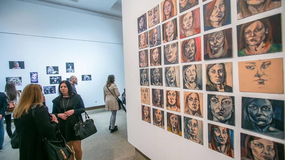 A Szombathelyi Képtárban a Művészeti Tanszék hallgatóinak munkái tekinthetők meg.