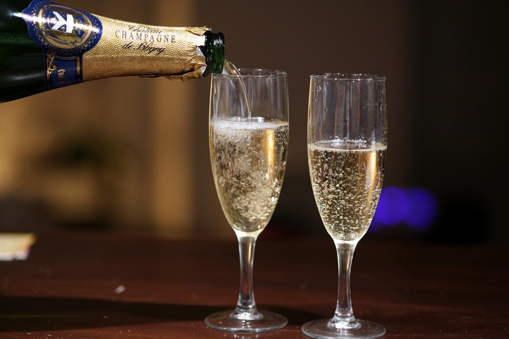 Ezt teszi a pezsgő a testeddel! Amit senki nem mond el az ünnep italáról - Blikk Rúzs